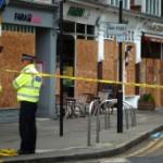 BBC | 英国报摘:控制骚乱不排除使用强硬手段