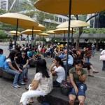 BBC | 香港观察:外佣居港权案突显港人窘态