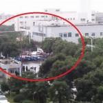 上海外资电器厂罢工 女工遭警暴力殴打 (组图)