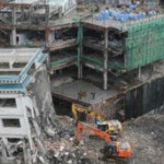 BBC   大家谈中国:看香港援建中学被拆
