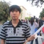 美国之音 | 洛杉矶中领馆前悼念李旺阳要求彻查死因