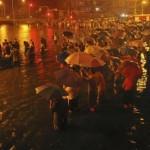 《卫报》 暴雨导致中国首都一片混乱
