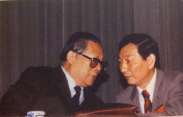 """德国之声   朱镕基新书:""""八九民运""""时拒绝军队进上海"""