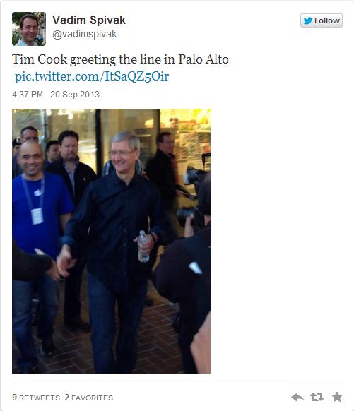 知乎 | 苹果CEO库克现身加州新苹果店