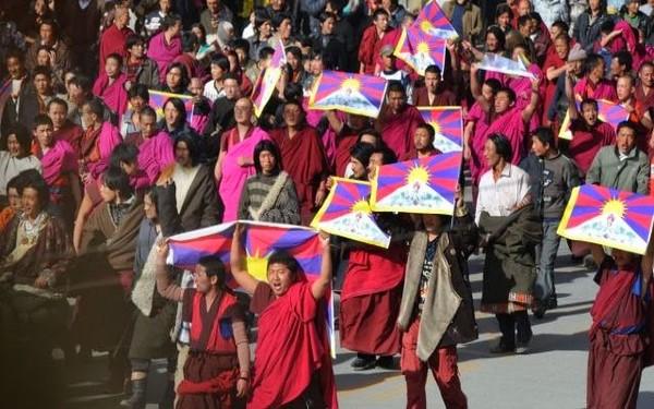 主场新闻 | 唯色:西藏國歌在中國引起的風波