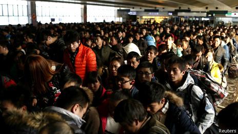 BBC 春运首日女乘客称买票不难遭网友炮轰