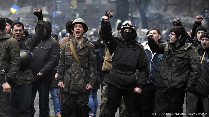 """亚努科维奇:乌克兰目前情况和""""纳粹德国类似"""",正在经历一场""""政变""""。"""
