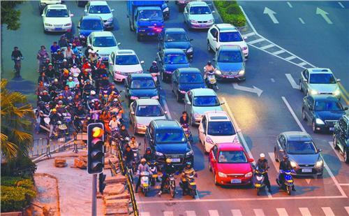 金融时报 | 白云:在中国开车怒气多