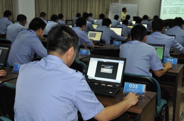 翻墙观察   国信办官员:网络安全问题本质上是政治安全问题
