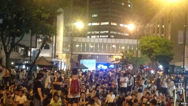 美国之音 | 香港政改被关门闭窗 泛民誓言将长期抗争