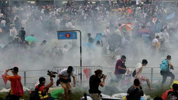 BBC 港学联呼吁占领中环行动示威者全面撤离