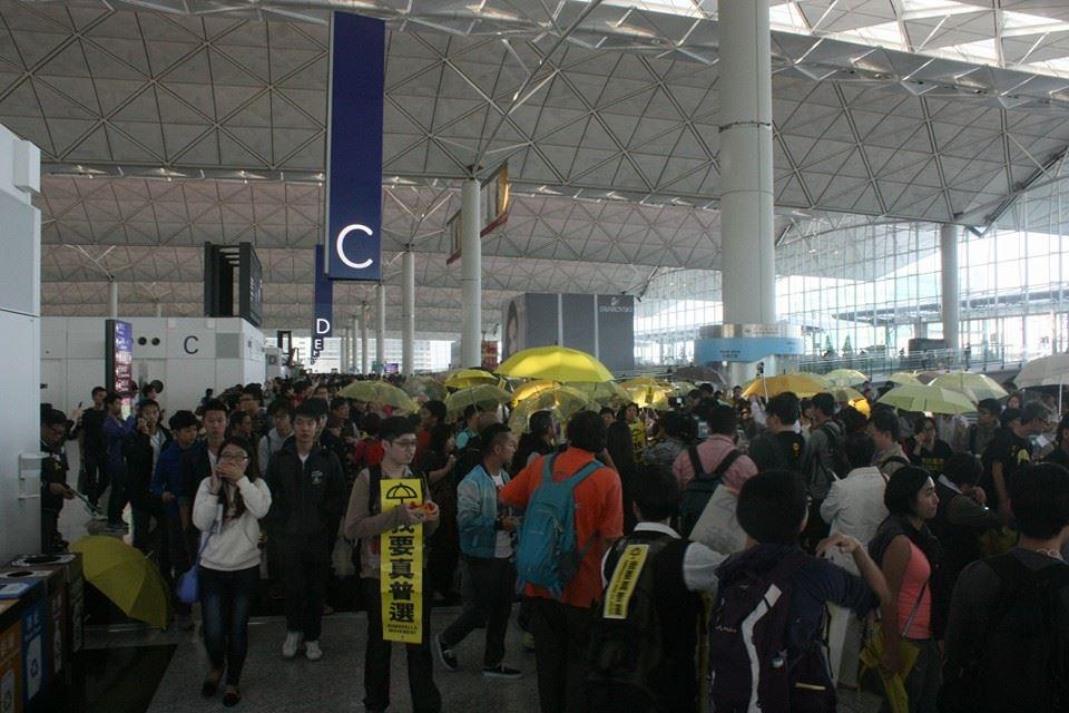 南华早报 | 环球时报讽学联上京:苦肉计