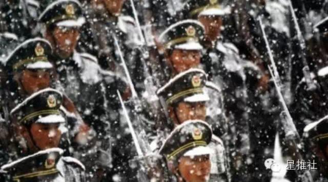 世界日报   「戰狼2」秀肌肉 中國軍人到底多厲害?