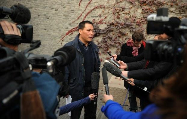 图片: 北京维权律师浦志强接受媒体采访。 (法新社资料图片)