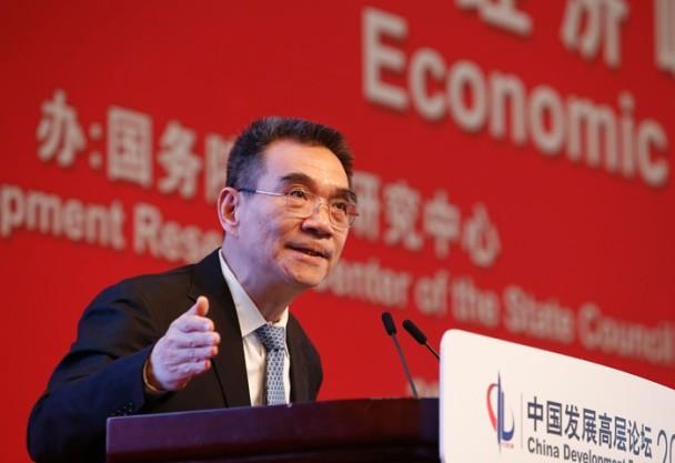 东网|王思想:經濟學者 林毅夫讚歌降調門