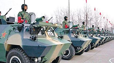 圖為北京衞戍區特種警備團的裝甲車。(互聯網圖片)