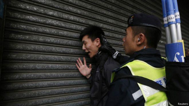 BBC   香港三名反水货客示威者提堂