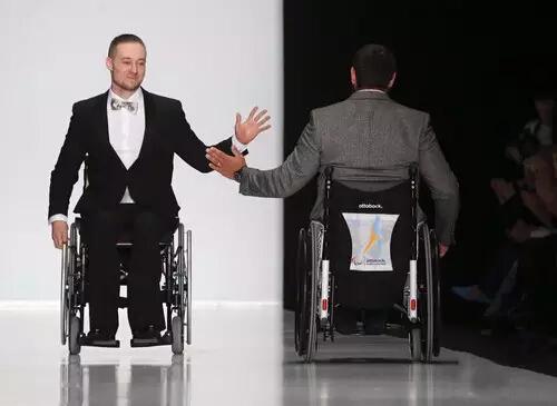 残疾人11