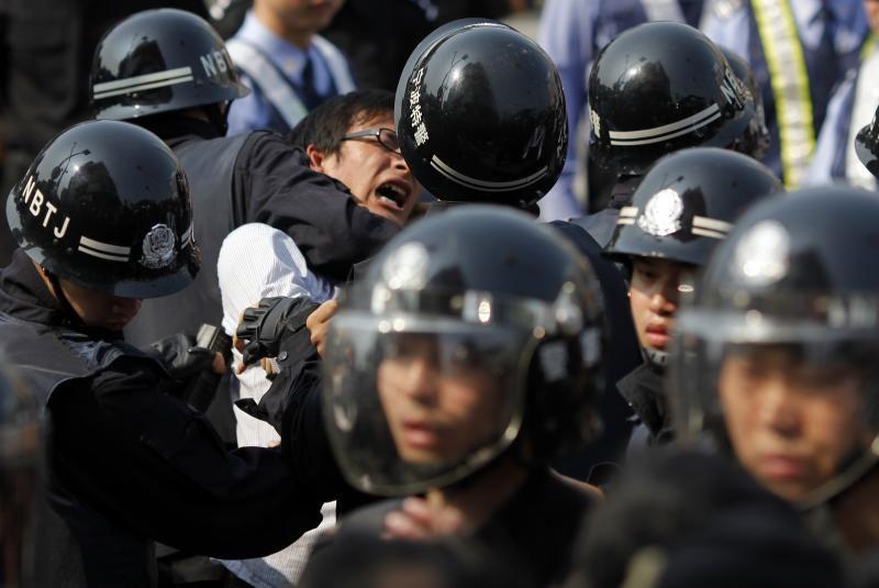 """陈建刚:律师的饭碗是谁给的?——与贵州""""龚远芳律师""""探讨"""