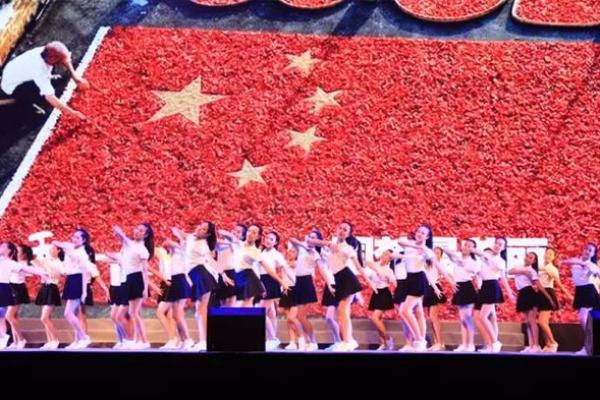 唐映红:中国大陆青年人与世界其他国家青年人会越来越隔阂?
