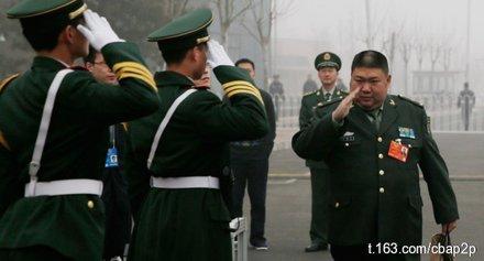 东网|南橋:「九三」閱兵不可缺了毛少將