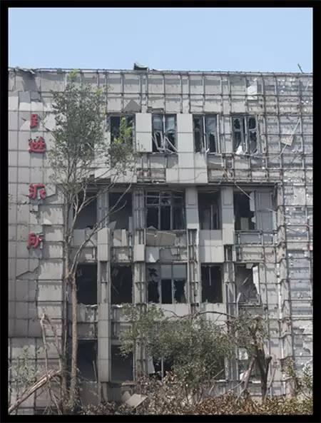 法广|天津爆炸一官员坠楼引怀疑