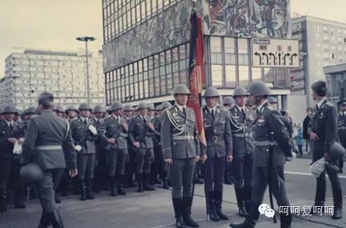 据说是东德最后一次阅兵
