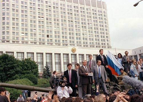 共识网 | 马云根:苏联解体是丧失了意识形态的争夺?