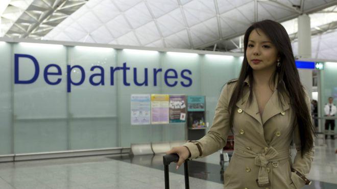 BBC | 加拿大华裔世界小姐候选人香港转机被拒