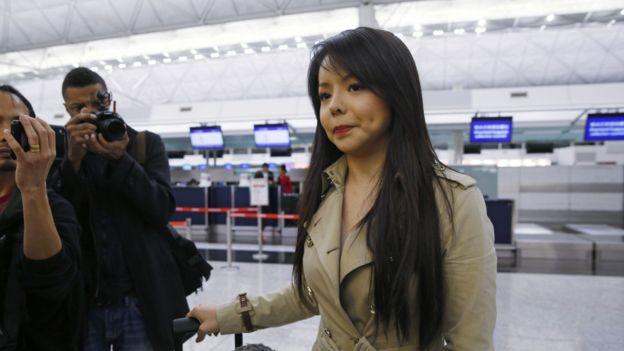 151127024556_anastasia_lin_hk_airport_2_976x549_ap_nocredit