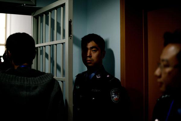 【CDTV】回形针PaperClip|如何建造一座戒备森严的监狱?