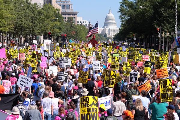 知乎|David Rand:在美国抗议示威是什么样的经历?