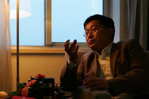 纽约时报 | 藏族作家阿来:民族政策到了该反思的时候