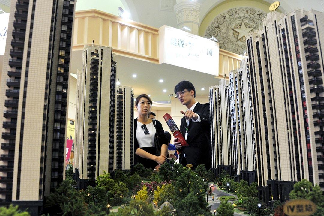 断层智库 | 对话谢国忠:中国老百姓没那么傻 房地产不可能软着陆