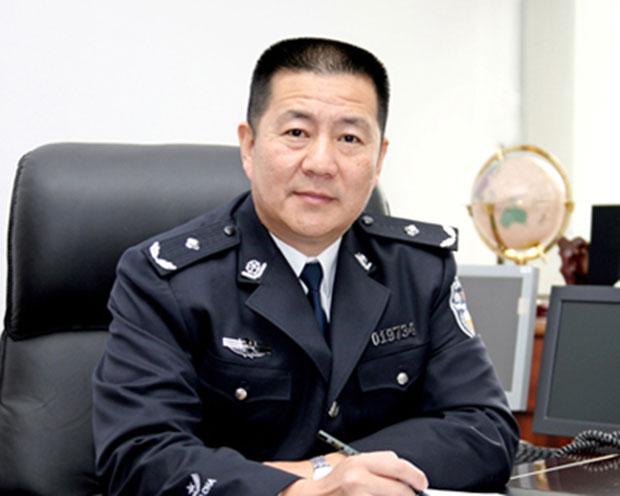 杨加平在任职青岛公安局副局长时的照片。(原青岛公安局官网,拍摄时间不详)