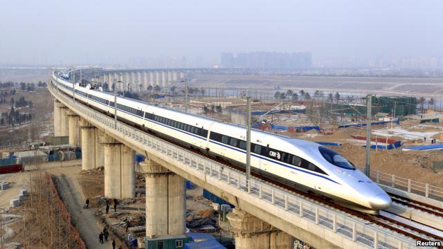 中国高铁(资料照片)