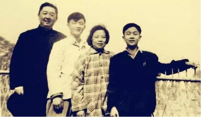 燕南园爱思想|储望华:父亲储安平,您在哪里?
