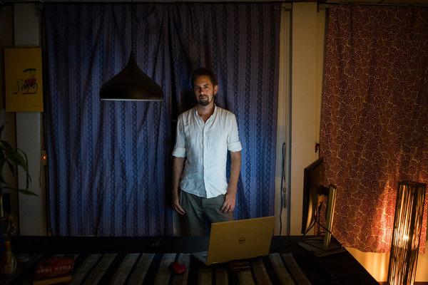 纽约时报 | 达林首次披露在中国遭拘23天的经历