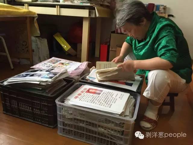 吕顺芳家里,存着上千张弃儿们离开的寻亲资料。新京报记者罗婷 摄