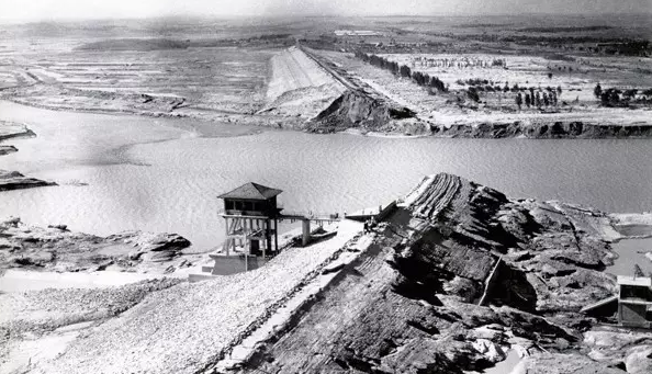 溃坝后的板桥水库