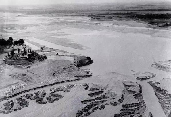 溃坝后的石漫滩水库