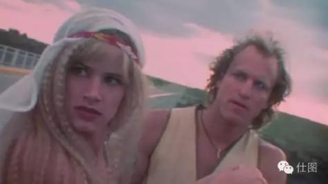 《天生杀人狂》片段 女生和杀手双宿双飞, 还希望出了事能像尼基塔一样洗心革面。