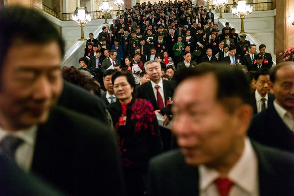 """纽约时报   中国的""""不可能犯罪"""":贿选"""