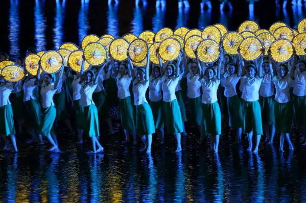 2016年9月4日,中国浙江杭州,G20峰会晚会表演