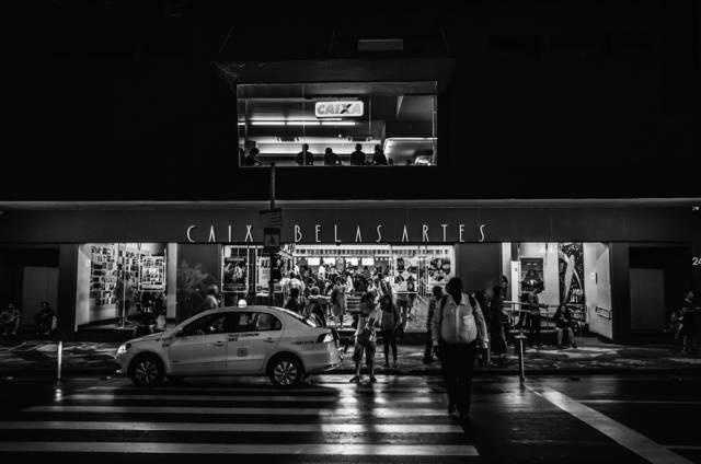 36氪 | 网约车新政第一天,滴滴、黑车和出租车司机们