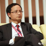 斯伟江:老太太摆气球射击摊被判刑,法律陷阱何其多?