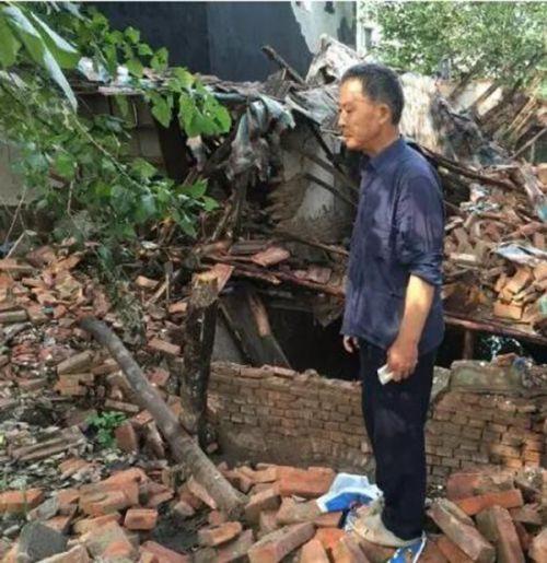 人民日报 | 本报记者:谁拆了父亲的房子