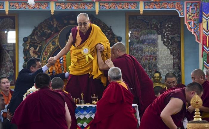 博谈网 | 华邮:数百藏人无视中国政府命令,到佛教发源地朝圣