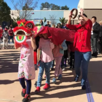BetterRead | 楼夷:为什么美国小学欢度春节,却不过万圣节?