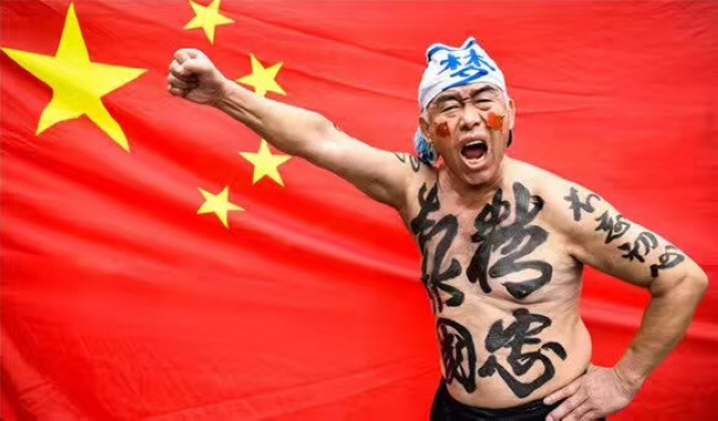 东方日报   柳扶风:习近平思想呼之欲出